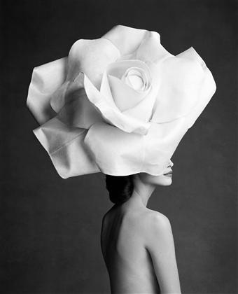 167_patrick-demarchelier17_p_theredlist