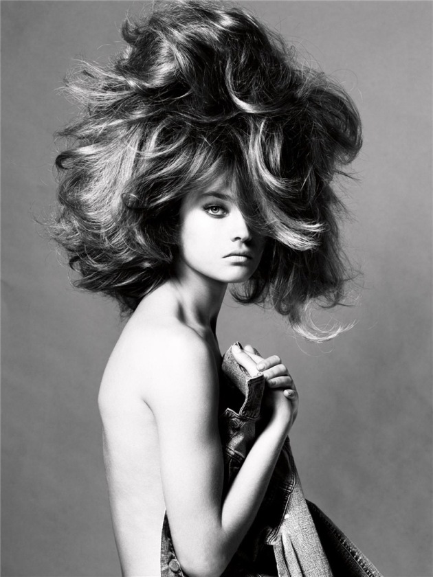 natalia-vodianova-by-steven-meisel-for-vogue-italia-may-2005-17