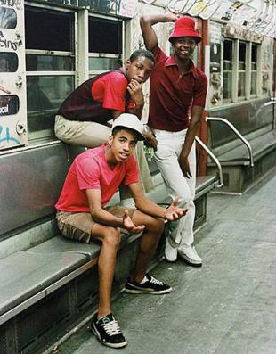 jamel-shabazz-back-in-the-day-riding-in-the-subway