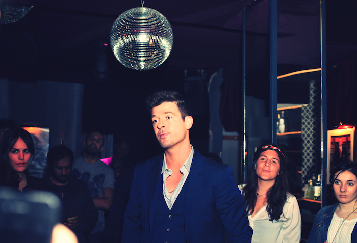 robin-thicke-a-paris-au-chacha-3.JPG_effected