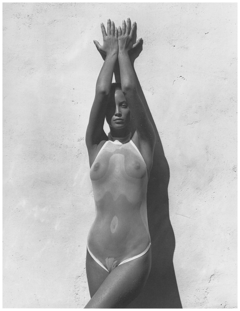 christy-turlington-by-herb-ritts-1990